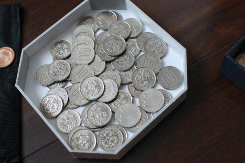 小銭60枚